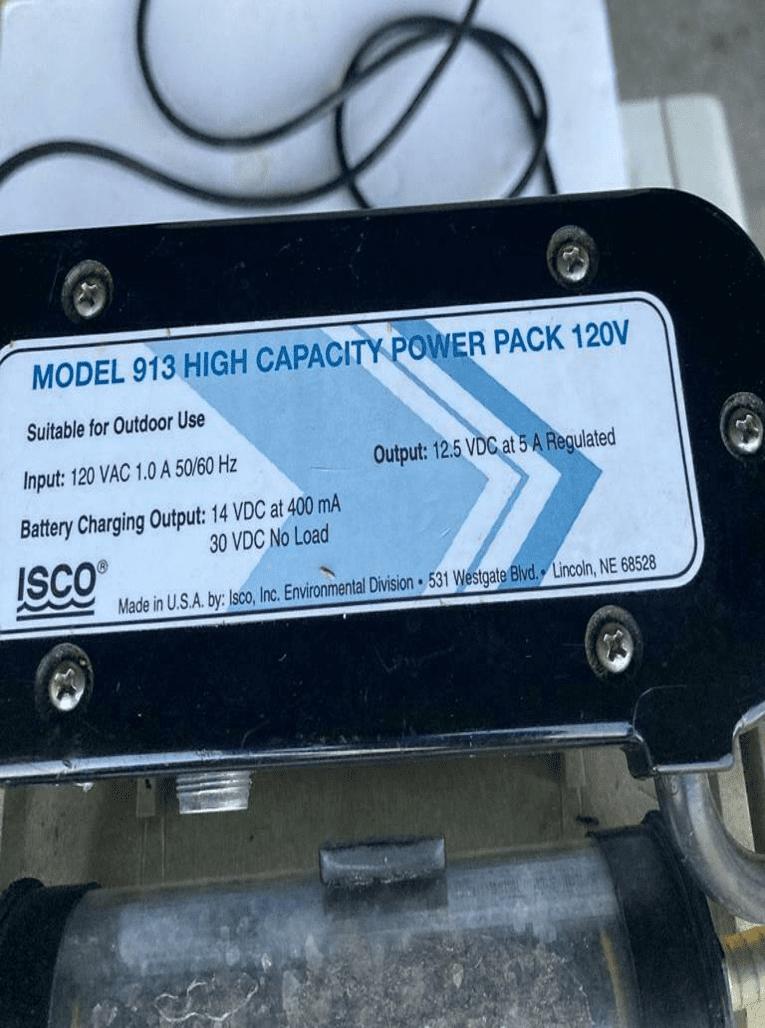 (2) Isco 4230 Bubbler Flow Meter (2) batteries (1) charger