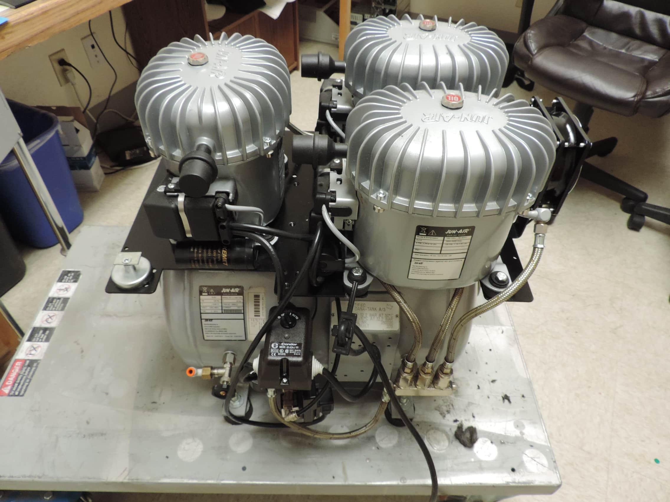 Jun-Air™ 18-40 Quiet Oiled Laboratory Air Compressor