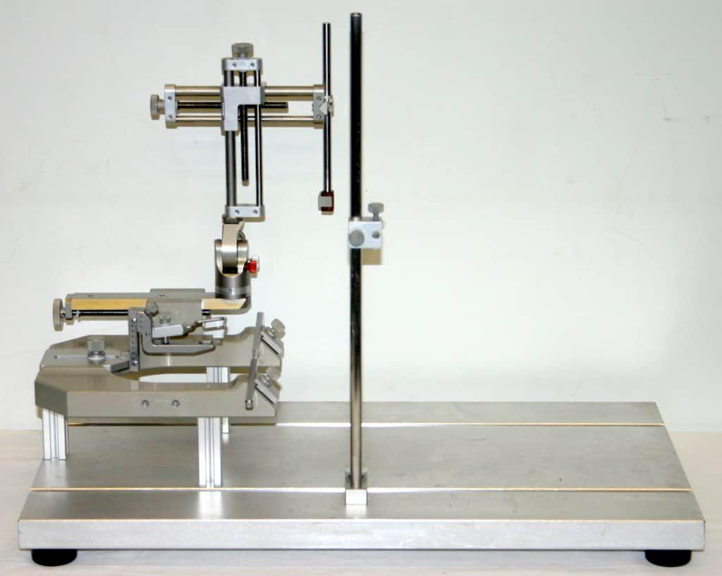 KOPF DKI SMALL ANIMAL STEREOTAXIC INSTRUMENT, MODEL 900