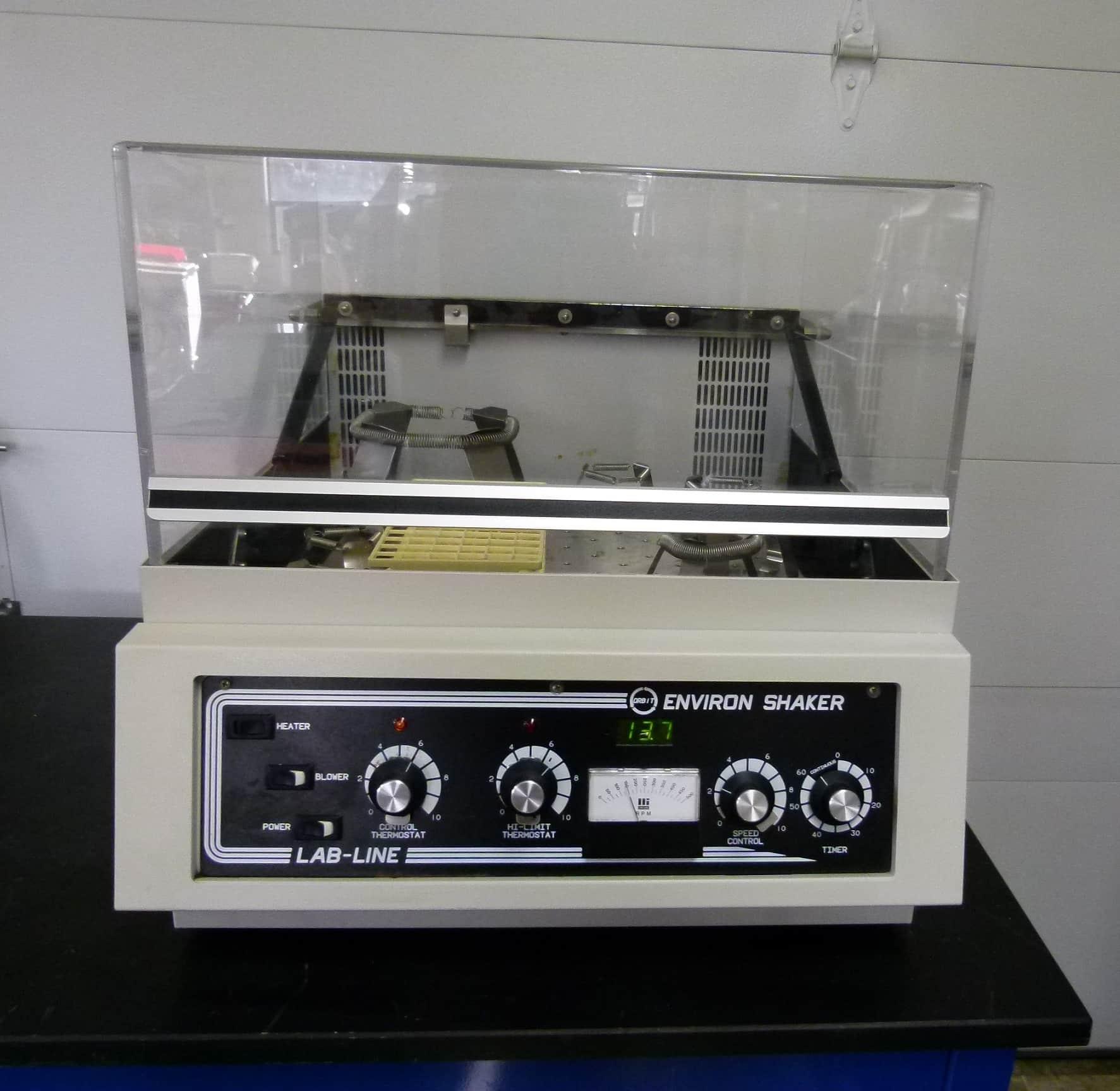 Lab-Line Environ Orbital Model 3528 Shaker