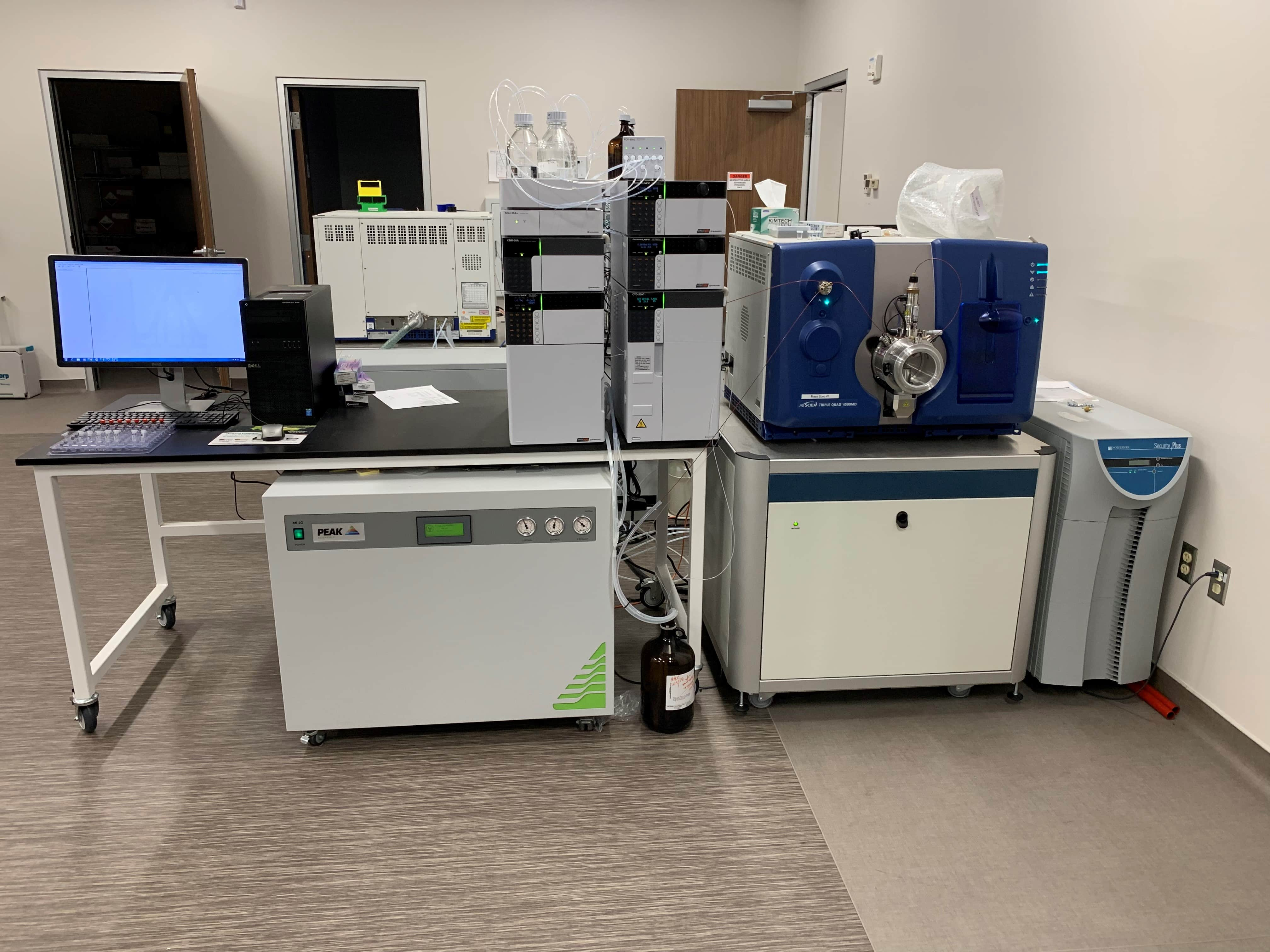 2017 AB SCIEX 4500 LC-MS/MS BRAND NEW BARELY USED COMPLETE SYSTEM
