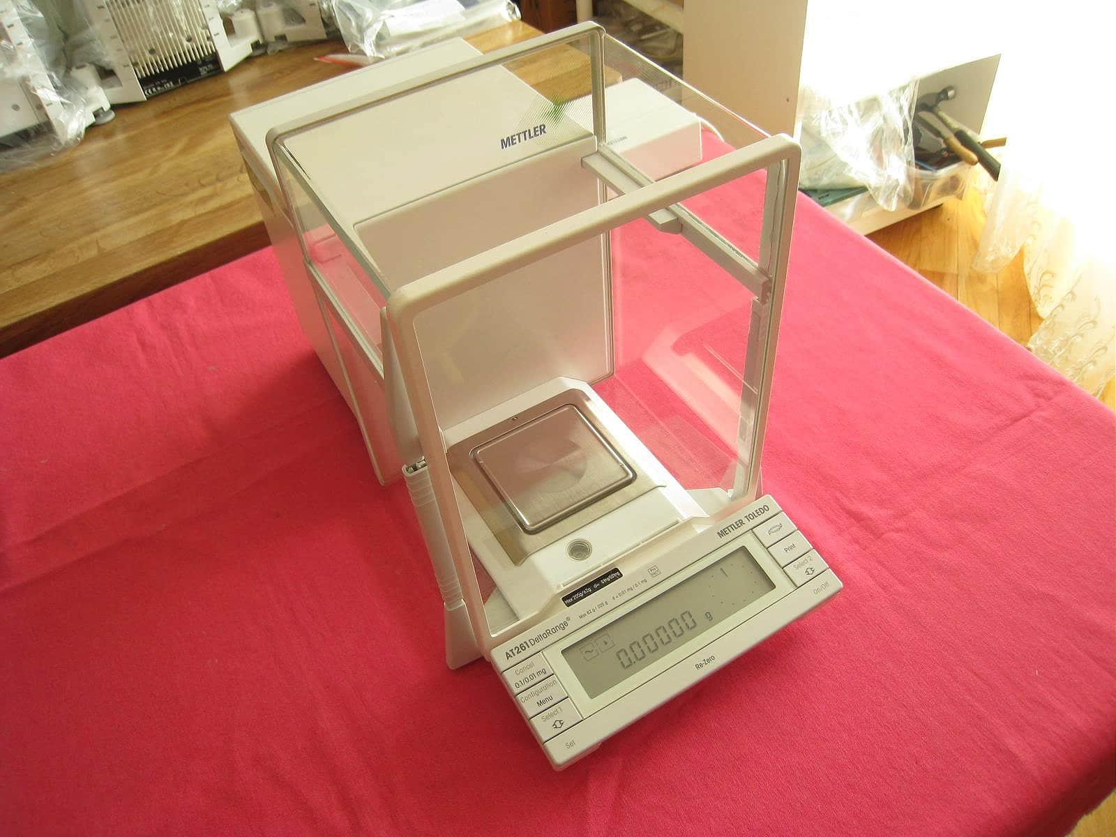 Mettler Toledo AT261 Analytical Balance Scale 62.00000g / 205.0000g