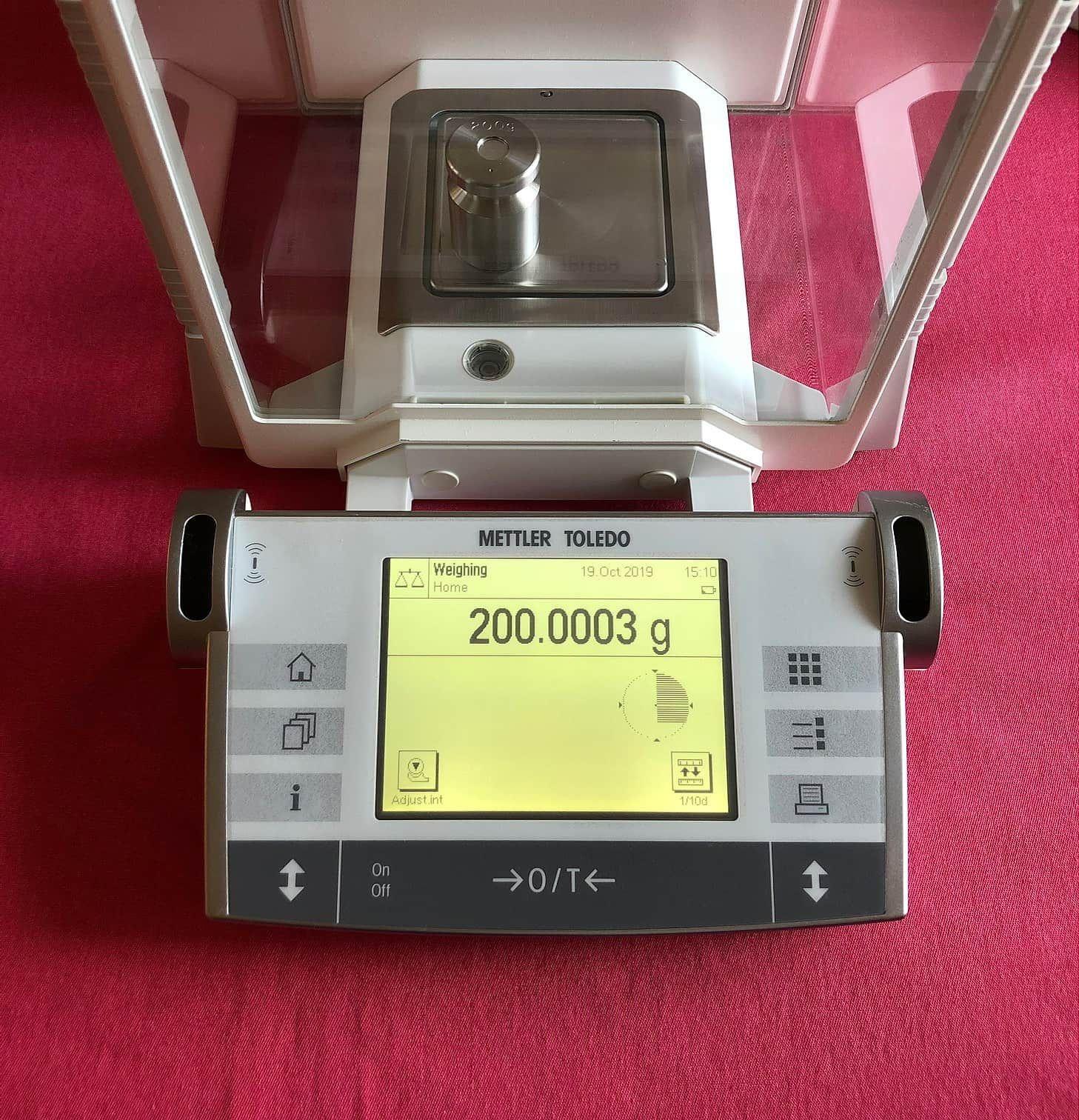 Mettler Toledo AX504 Analytical Balance Scale 510.0000g