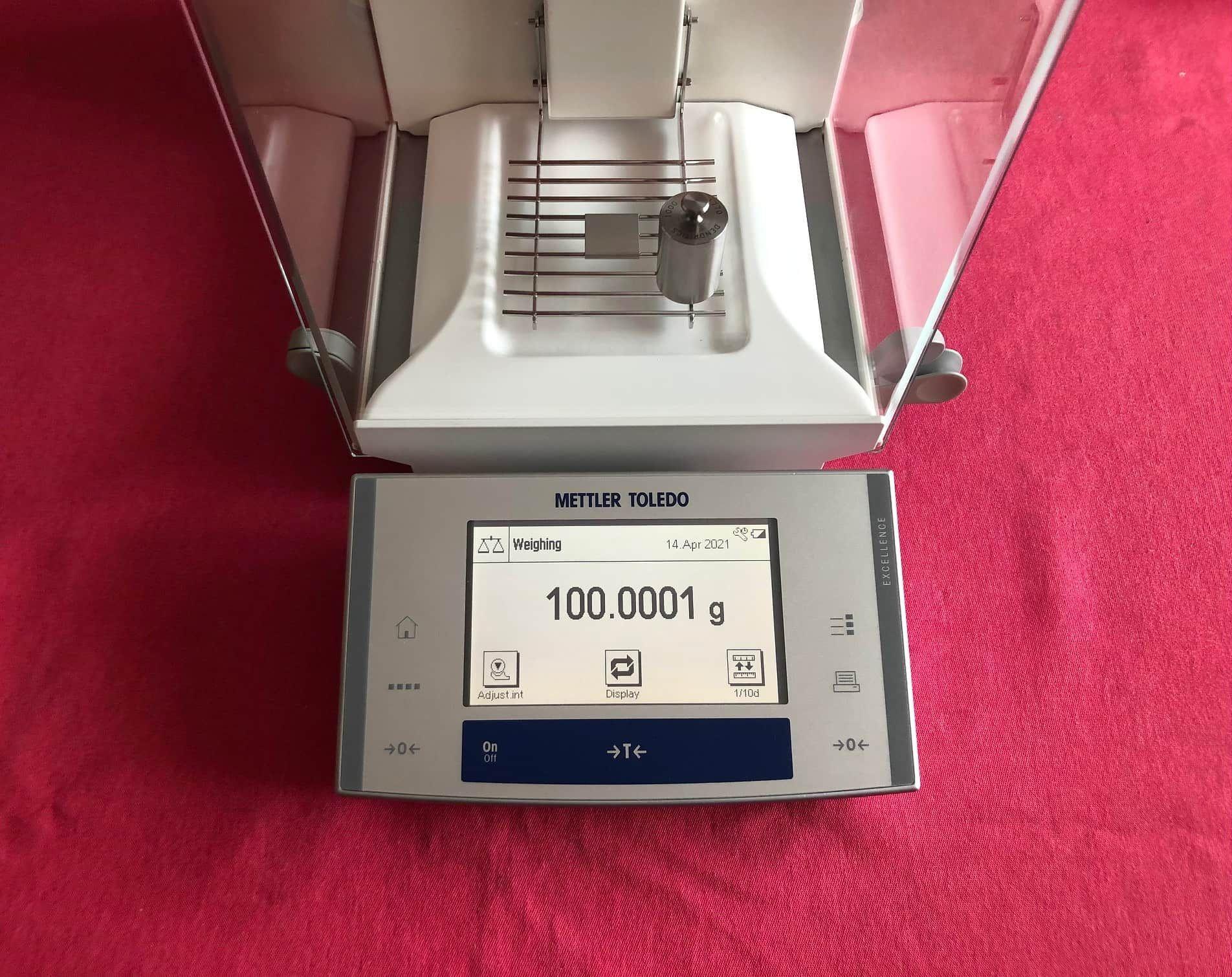 Mettler Toledo X204 Analytical Balance Scale 220.0000g