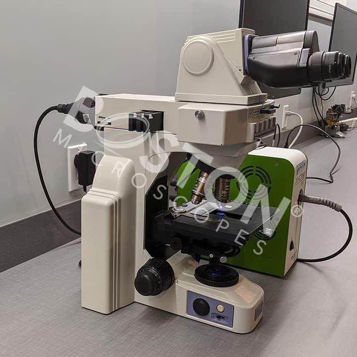Nikon Eclipse E400 Binocular Fluorescence Upright Microscope