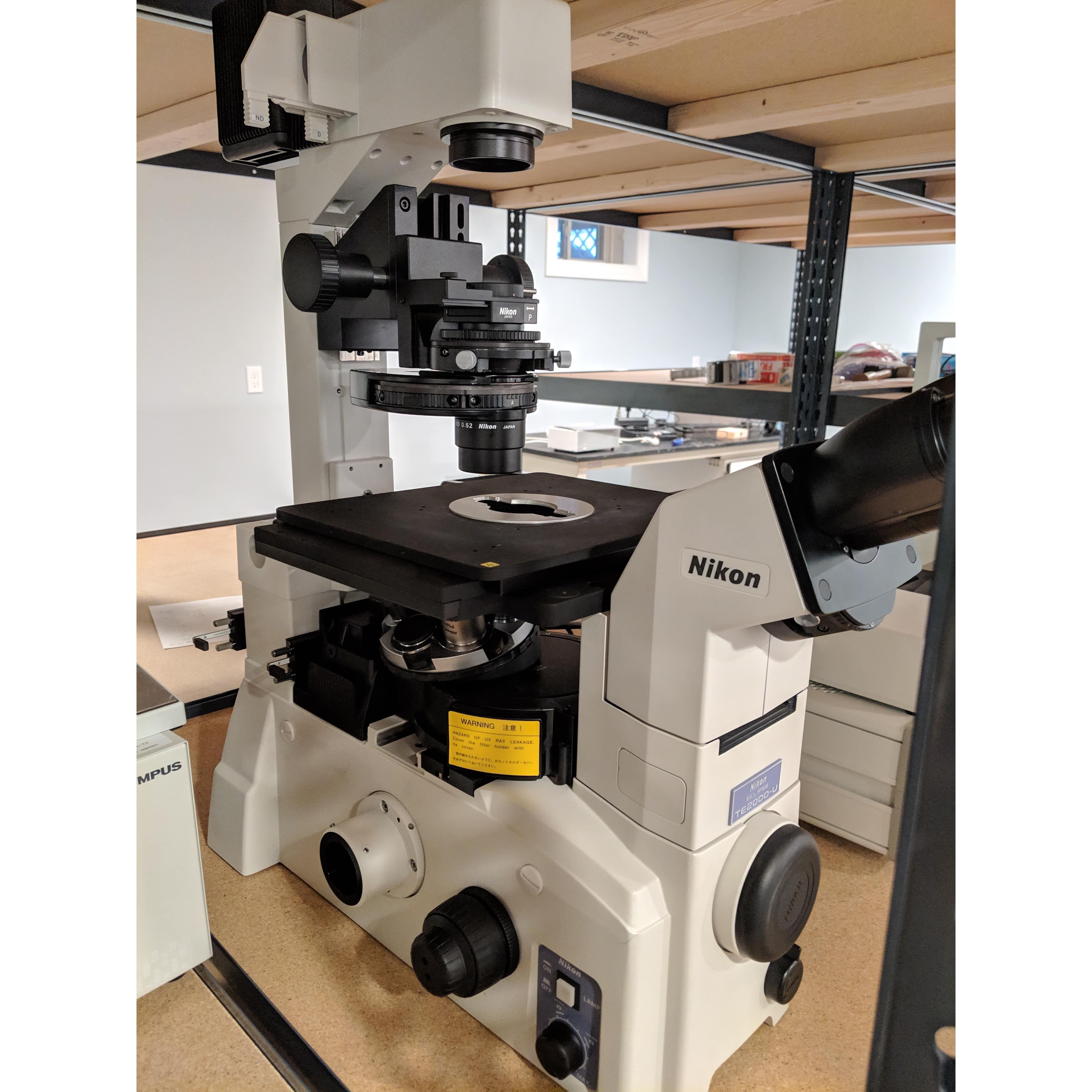 Nikon Eclipse TE 2000-U Phase Contrast DIC Fluorescence Inverted Microscope