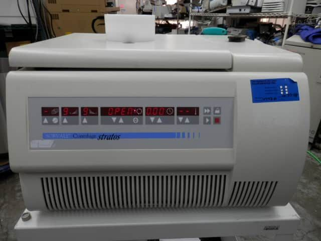Thermo Scientific Sorvall Contifuge Stratos Refrigerated Centrifuge with Continuous Flow Titanium Rotor 3049