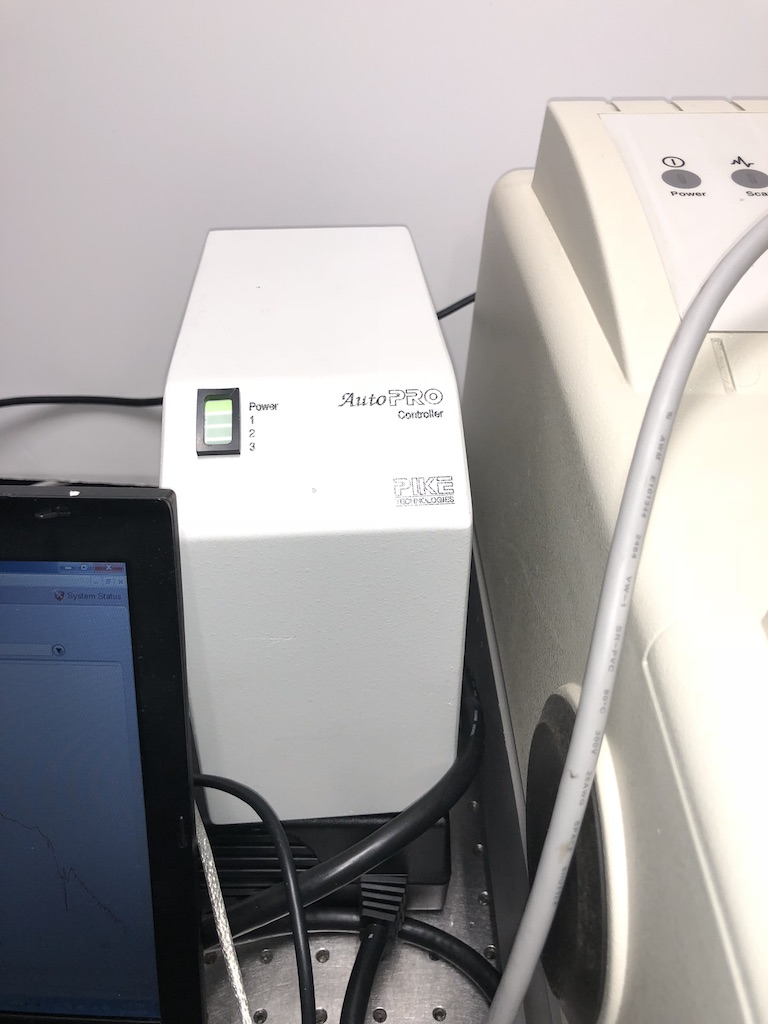 Thermo Nicolet 6700 FTIR with Map 300 wafer analyzer