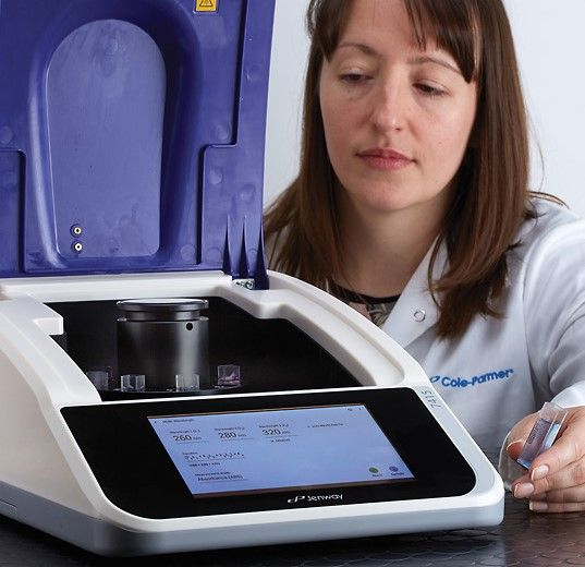 Jenway 7415 Scanning UV/Visible Spectrophotometer with CPLive™