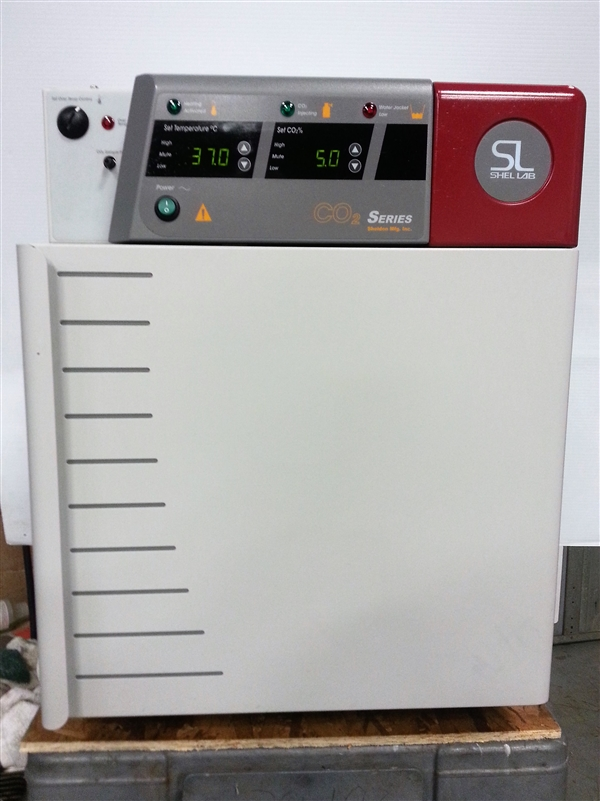Shellab 3502 CO2 Water Jacketed Incubator