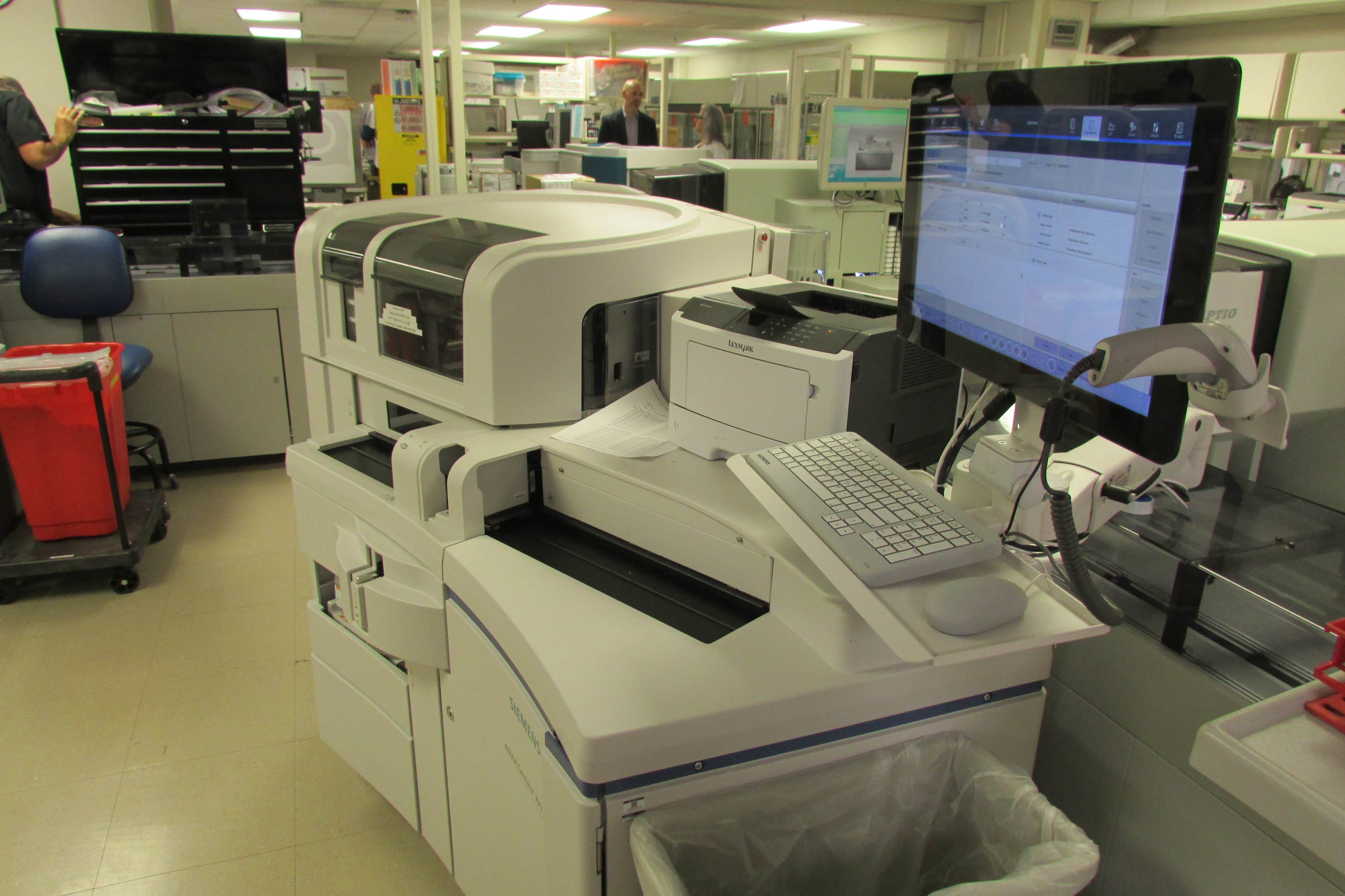 Siemens Advia Centaur XP Immunoassay System