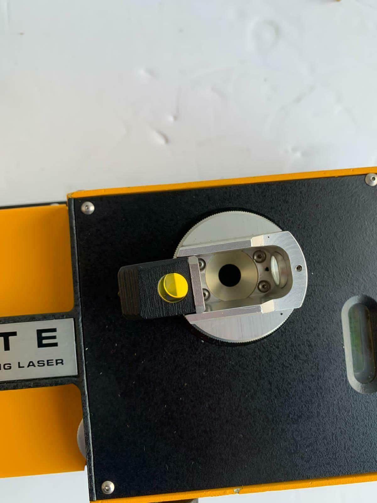 Spectra Physique 842 Building Laser