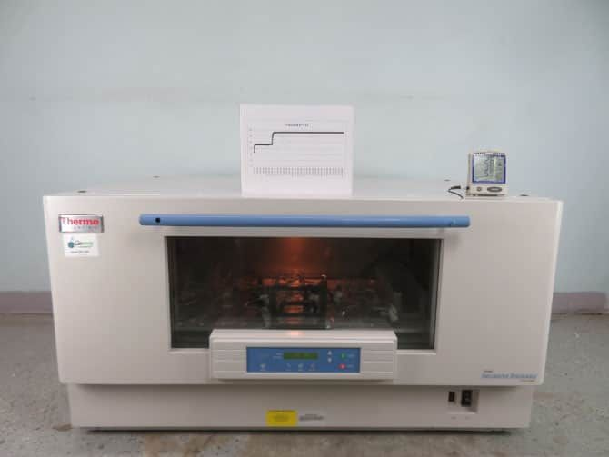 Thermo Maxq 8000 Shaking Incubator with Warranty