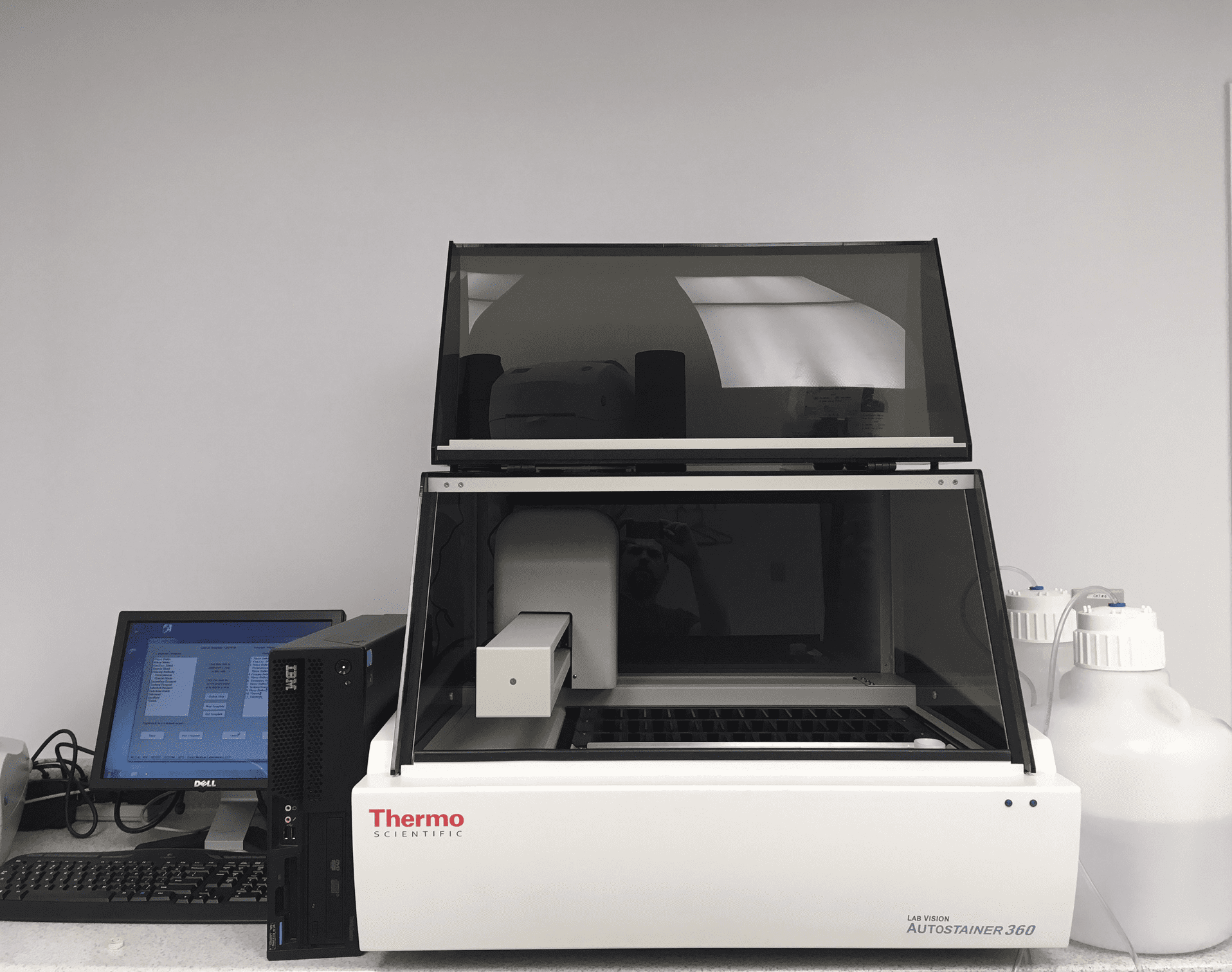 Leica, Dako and Thermo IHC Stainers with warranty!  Reagent and Set Up too!