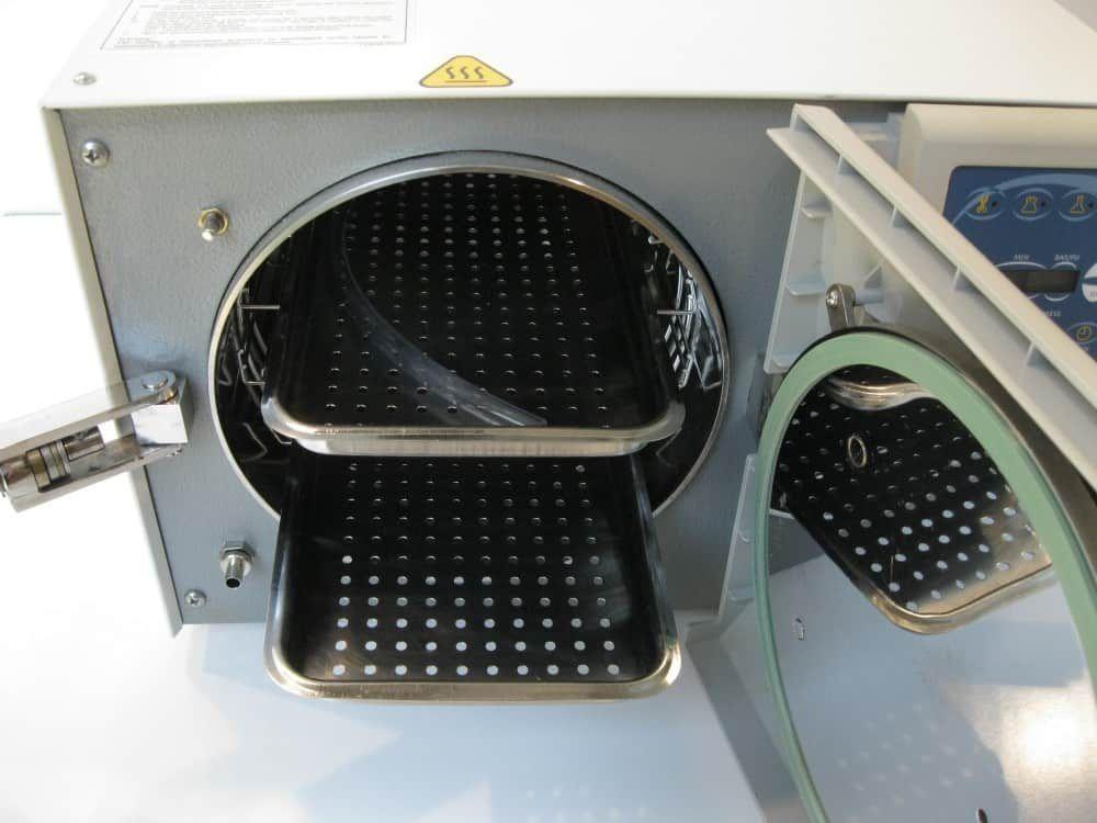 Tuttnauer EZ10K Automatic Autoclave, Refurbished - 230V