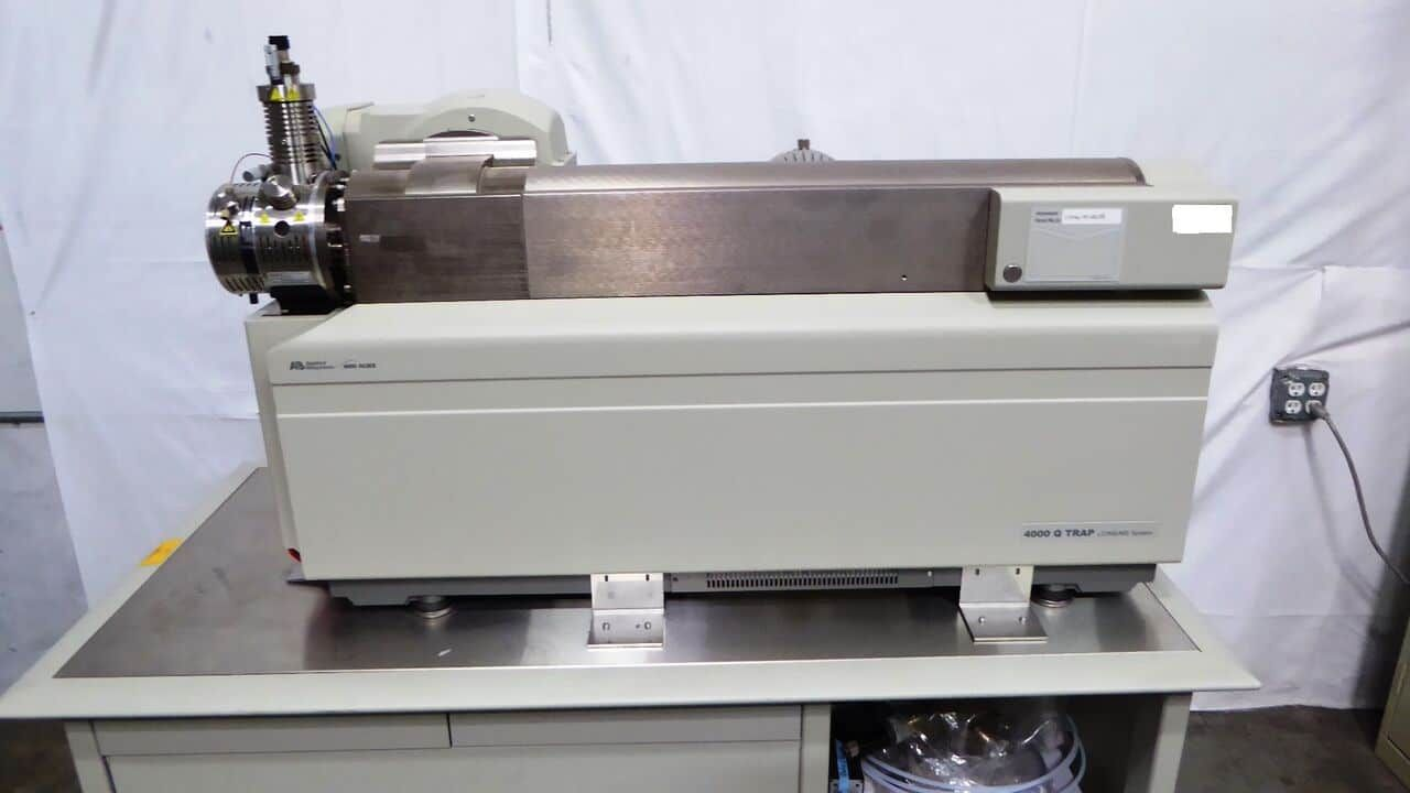 Sciex API 4000 Qtrap LC/MS/MS, With Agilent 1200 system and Nitrogen Generator