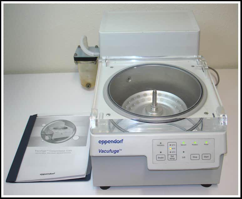 Eppendorf Vacufuge 5301 Concentrator w Pump w WARANTY