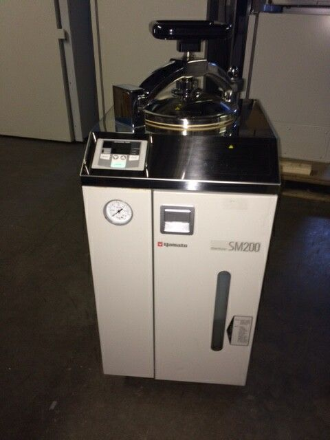Yamato SM-200 Vertical Loading Steam Sterilizer
