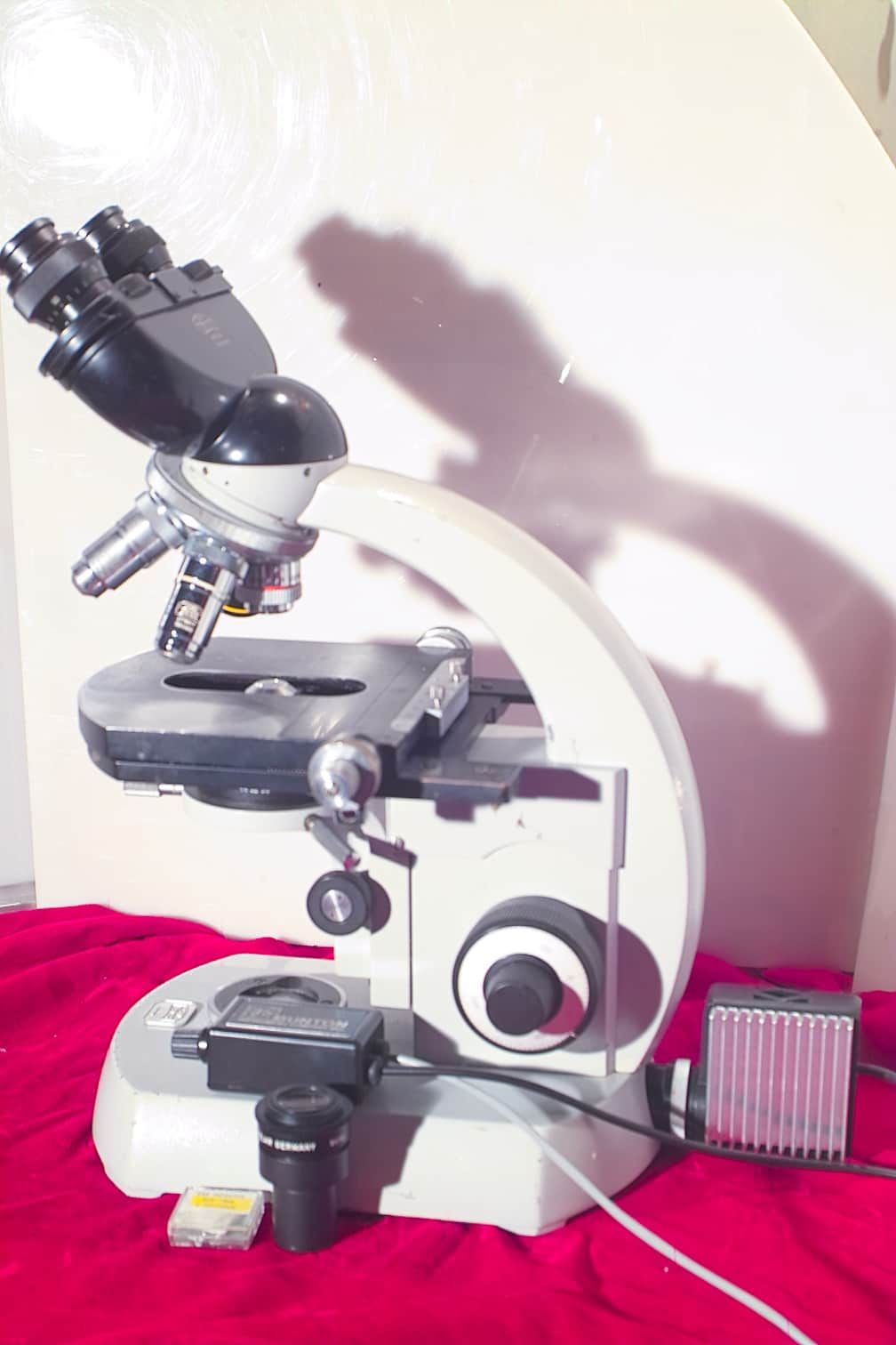 ZEISS ASBESTOS ANALYSIS MICROSCOPE - STANDARD MODEL WITH NEW LED LIGHTING