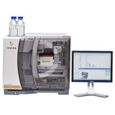 Varian 920-LC Analytical HPLC